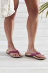 SS20 Casandra Magenta On Foot